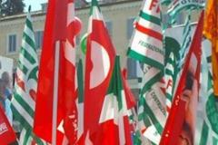 Bandiere-sindacati-Cgil-Cisl-e-Uil